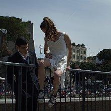 Un giorno speciale: Giulia Valentini e Filippo Scicchitano entrano di soppiatto nell'area dei Fori Imperiali di Roma