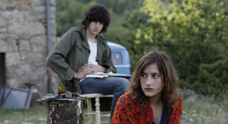 Apres Mai Clement Metayer E Lola Creton In Una Scena Del Film 247558