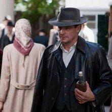 Fritz Karl nel film Tom und Hacke.