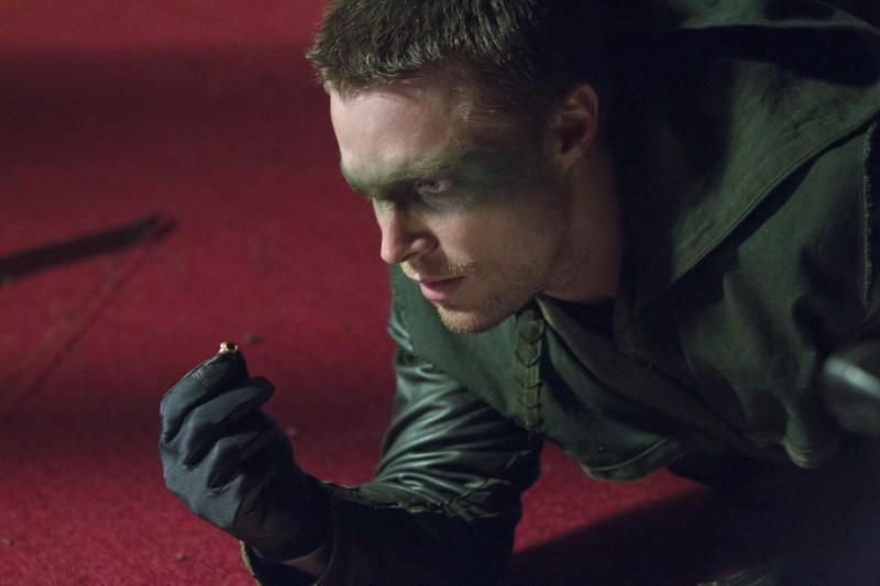 Arrow: Stephen Amell in un momento del pilot della serie CW