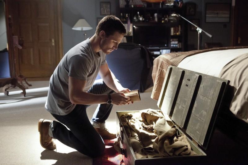 Arrow Stephen Amell In Una Scena Del Pilot Della Serie Cw 247640