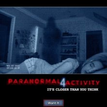 Paranormal Activity 4: la locandina del film