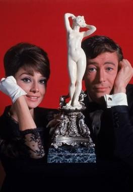 Peter O Toole Con Audrey Hepburn In Una Foto Promo Di Come Rubare Un Milione Di Dollari E Vivere Fel 247708