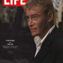 Peter O'Toole in cover su LIFE che parla del film Lord Jim (1965)