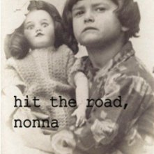 Hit the Road, nonna: la locandina del film