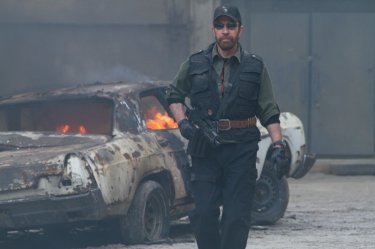 I mercenari 2: Chuck Norris in una scena del film