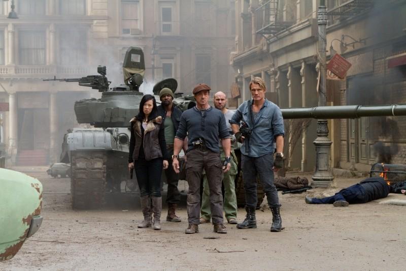I Mercenari 2 Sylvester Stallone Yu Nan Dolph Lundgren Randy Couture E Terry Crews In Una Scena 247772