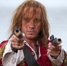 Rhys Ifans nel film TV Neverland (2011)