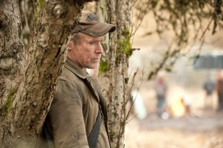 Falling Skies: un pensieroso Will Patton nell'episodio La marcia della morte