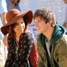 90210: Jessica Stroup e Matt Lanter nell'episodio Blood is Thicker than Mud