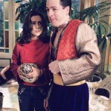 Alyssa Milano in una scena dell'episodio Desideri Pericolosi della serie Streghe