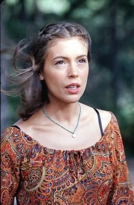 Alyssa Milano In Una Scena Dell Episodio L Anniversario Della Serie Streghe 248200