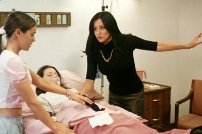 Holly Marie Combs Alyssa Milano Shannen Doherty Nell Episodio Il Risveglio Della Serie Streghe 248212