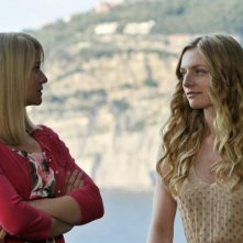 Love Is All You Need: Trine Dyrholm e Molly Blixt Egelind in una scena