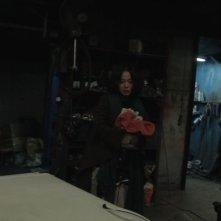 Pietà: Jo Min-su in una buia scena del film