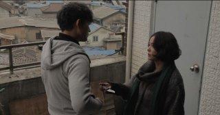 Pietà: Jo Min-su offre un coltello a Lee Jung-jin in una scena del film