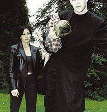 Shannen Doherty in un momento dell'episodio La pozione magica della serie TV Streghe