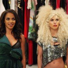 90210: AnnaLynne McCord e Megalyn Echikunwoke nell'episodio Project Runaway