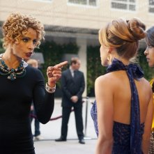 90210: Michelle Hurd, AnnaLynne McCord ed Megalyn Echikunwoke nell'episodio Mama Can You Hear Me?