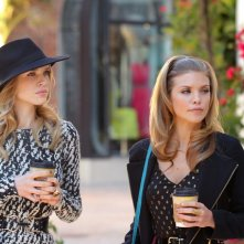 90210: Sara Foster ed AnnaLynne McCord nell'episodio Babes in Toyland