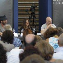 Eric Cantona, Hervé P. Gustave e Rachida Brakni a Locarno con Les mouvements du bassin