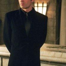 Julian McMahon in un momento della serie Streghe, nell'episodio Doppio gioco
