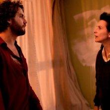 Juliette Binoche accanto ad Edgar Ramirez in A coeur ouvert