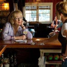 Meryl Streep con Elisabeth Shue in Hope Springs - consigli per gli affetti