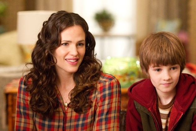 Jennifer Garner Accanto A Cj Adams Nel Film The Odd Life Of Timothy Green 248638