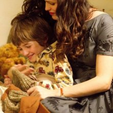 Jennifer Garner con CJ Adams in The Odd Life of Timothy Green