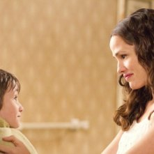 Jennifer Garner e CJ Adams in The Odd Life of Timothy Green