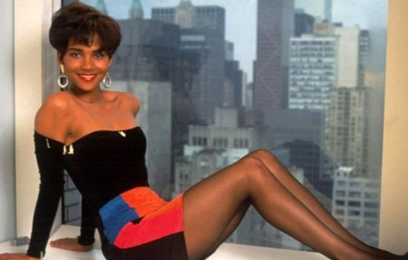 Halle Berry In Una Immagine Promo Per Strictly Business 1991 248658