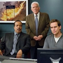 Major Crimes: Robert Gossett, G.W. Bailey e Phillip P. Keene nell'episodio Before and After