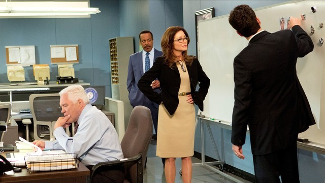 Major Crimes: Robert Gossett, Mary McDonnell e G.W. Bailey nell'episodio Reloaded