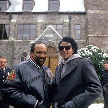 Bad 25: Michael Jackson con Quincy Jones, sul set del video di Bad, in una scena del documentario