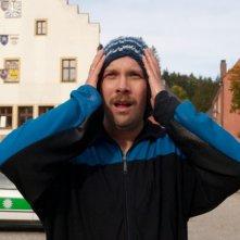 Christian Ulmen nella commedia tedesca Wer's glaubt, wird selig