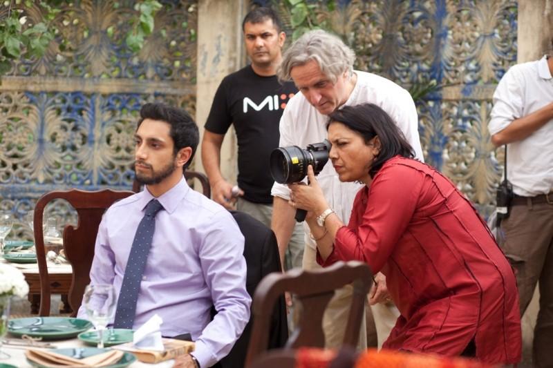 The Reluctant Fundamentalist La Regista Mira Nair Sul Set Del Film Insieme A Riz Ahmed 248881
