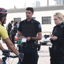Rookie Blue: Landy Cannon, Travis Milne e Charlotte Sullivan nell'episodio Girls' Night Out