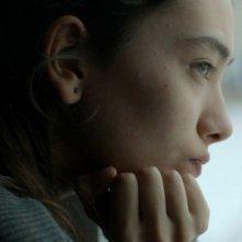 Araf - Somewhere in Between: la giovane Neslihan Atagül in una scena del film
