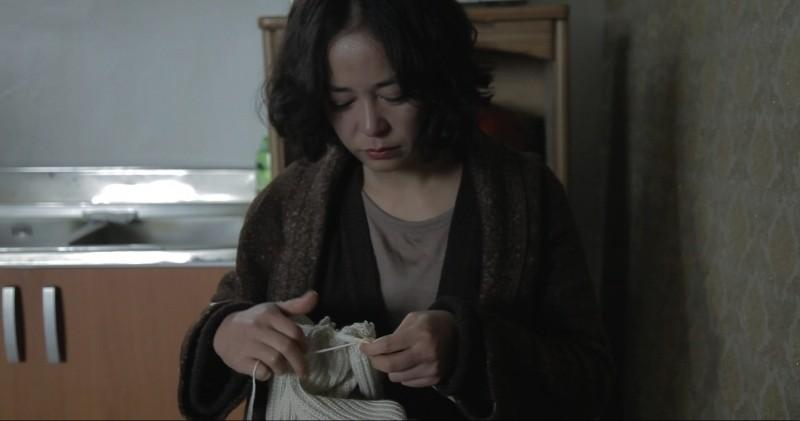 Pieta Jo Min Su Lavora Ai Ferri In Una Scena 249353