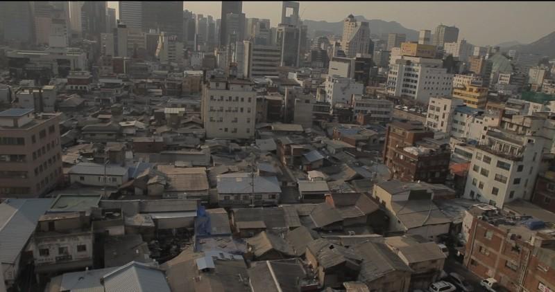 Pieta Un Immagine Di Cheonggyecheon Quartiere Di Seoul In Cui E Ambientato Il Film 249354