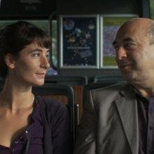 Welcome Home: la protagonista Manah Depauw con Nader Farman in una scena
