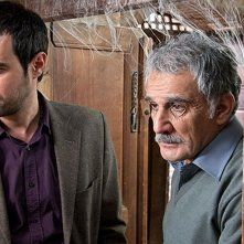 The paternal house: Shahab Hosseini con Mehdi Hashemi in una scena del film