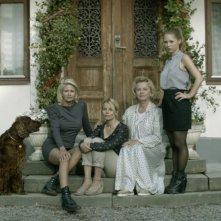 Blondie: Carolina Gynning e Marie Göranzon in una foto promozionale del film con Helena af Sandeberg e Alexandra Dahlström