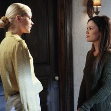 Hart of Dixie: Rachel Bilson e Jaime King nell'episodio The Undead & The Unsaid