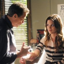Hart of Dixie: Rachel Bilson e Tim Matheson nell'episodio Gumbo & Glory