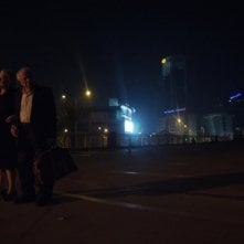 Hayuta ve berl - Epilogue: i protagonisti Yosef Carmon e Rivka Gur in una scena notturna