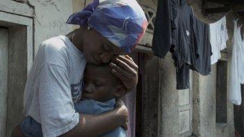 Kinshasa Kids: una tenera immagine tratta dal film