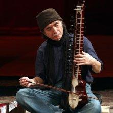 The Tightrope: Toshi Tsuchitori in una scena