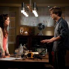Ashley Greene discute con Sebastian Stan nel film The Apparition